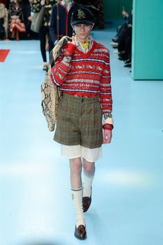 Gucci Fall 2018 Ready-to-Wear Fashion Show Collection