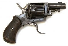 Belgian Bulldog revolver Manufactured in Liège c.1890′s-1900′s..320 Bulldog six-round cylinder, double action, folding trigger, loading gate and pivoting manual ejector rod.