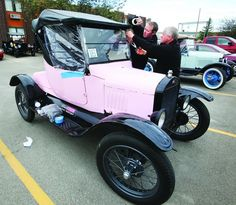 Pink 1924 Ford Model T roadster