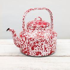 Tea Kettle Red