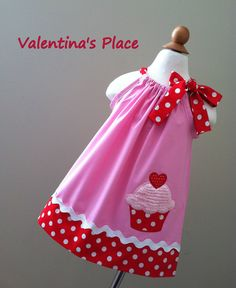 2013 St Valentine's Day Cupcake Pillowcase by Valentinasplace