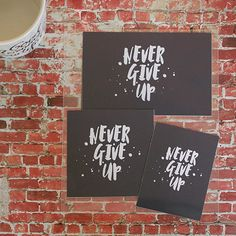 Free printable pocket card download. Inspiration #QOTD #quote never give up