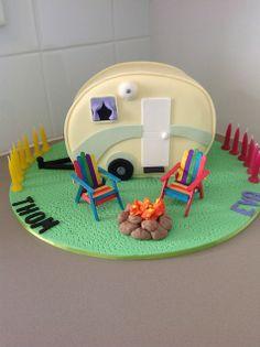 Caravan cake by Michelle Ward, via Flickr