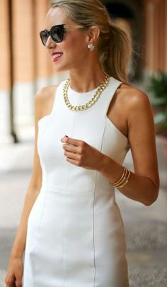 Prom & Graduation Style Tipps - Frauen Mode - New Ideas Mode Chic, Mode Style, White Sheath Dress, Sheath Dresses, White Sleeveless Dress, Outfit Trends, Little White Dresses, Classy White Dress, White Dress Outfit