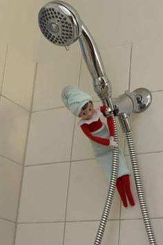 Elf Auf Dem Regal, Awesome Elf On The Shelf Ideas, Elf Magic, Elf On The Self, Naughty Elf, 25 Days Of Christmas, Family Christmas, Nordic Christmas, Magical Christmas