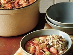 Adding flour to hot oil creates a fast and flavorful roux. Serve this party favorite with scoops of Hoppin' John and a fresh green salad tossed with your favorite vinaigrette. New Orleans Recipes, New Recipes, Soup Recipes, Cooking Recipes, Favorite Recipes, Healthy Recipes, Gumbo Recipes, Best Gumbo Recipe, Lucky Food