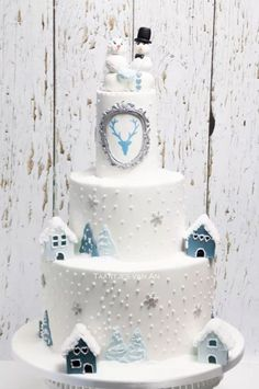 Wedding Cakes Winter Wonderland Christmas Cupcakes For 2019 Winter Wonderland Cake, Winter Wonderland Christmas, Big Wedding Cakes, Wedding Cupcakes, Winter Wedding Receptions, Winter Weddings, Reception Ideas, Apres Ski Party, Cake Pictures