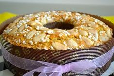 La colomba è un dolce tipico del periodo di Pasqua, leggi la ricetta bimby per preparare questo dolce con il lievito per dolci al posto di quello di birra.