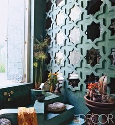 Love the use of the wall and th color!