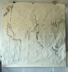 Tout est rempli chez moi (Desenho),  158x140 cm por Maria Antónia Santos tinta da china e grafite sobre papel