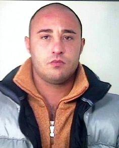 Davide Romano (1977-4 APR 2011) reggente de la famille de Borgo Vecchio 2003-08Son Of Giovan Battista Romano. arrested in April, 2008.released from prison February 19, 2011  he was interrogated, beaten and shot in the neck