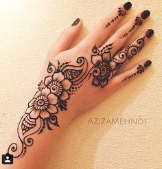 Image in Henna ❤❤ collection by Princess on We Heart It Henna Tattoo Designs Simple, Finger Henna Designs, Mehndi Designs For Beginners, Mehndi Design Photos, Henna Designs Easy, Mehndi Designs For Fingers, Best Mehndi Designs, Hena Designs, Mehandi Designs