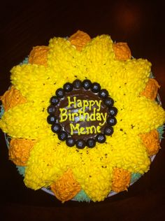 Moms Sunflower Birthday Cake Cakes and More Pinterest
