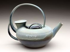 View the portfolio of artist David Lee. David Lee, Art And Architecture, Tea Pots, Tableware, Handle, Artists, Dinnerware, Tablewares, Tea Pot