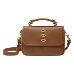 Enjoy the beauty of the designer bag Mulberry Purse, Cute Purses, Classic Leather, Natural Leather, Luggage Bags, Leather Bag, Women Wear, Accessories, Wallets