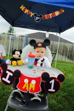 Baby first birthday boy mickey mouse high chairs ideas Mickey Mouse First Birthday, Mickey Mouse Clubhouse Birthday Party, Baby Boy First Birthday, 1st Birthday Parties, Birthday Ideas, 2nd Birthday, Mickey E Minie, Mickey Mouse Bday, Mickey Mouse Parties