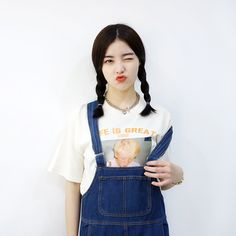 #mixxmix 99bunny LIFE IS GREAT 1952 Print T-Shirt (CAGA) It is never too late to wear a summery t-shirt such as this one this season. #mxm #hideandseek #has #365basic #bauhaus #99bunny #heartclub #younggirlsfashion #koreanfashiontrend #streetfashion #dailyoutfit #koreanfashionstore #twinlook #twinslook #sisterlook