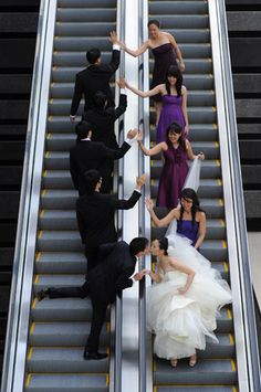 WWW.ORIGINPHOTOS.COM  Beautiful bridal party photo ideas for your special day. Why do I LOVE this so much?!?!