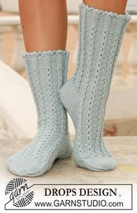 "socks in ""Merino Extra Fine"" with cables by DROPS design Lace Knitting, Knitting Socks, Knitting Patterns Free, Free Pattern, Crochet Patterns, Scarf Patterns, Lace Socks, Crochet Slippers, Drops Design"