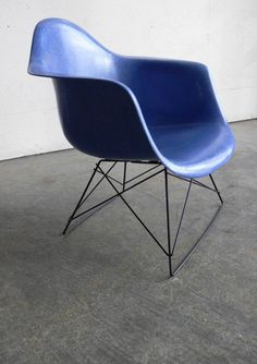 Herman Miller Eames Side Chair Low Lounge Cats Cradle by CoMod