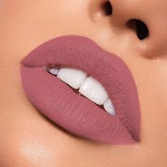 Kylie Jenner Liquid Lip Kit x Koko Kollection -Bunny/ Matte Kylie Lipstick, Gloss Lipstick, Lipstick Shades, Lipstick Colors, Lipstick Dupes, Liquid Lipstick, Lip Colors, Mauve Matte Lipstick, Matte Lipsticks