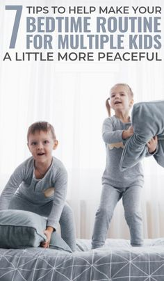 7 tips to help you develop an appropriate bedtime routine for multiple kids. Parenting Humor, Kids And Parenting, Parenting Hacks, Natural Parenting, Multiplication For Kids, Charts For Kids, Bedtime Routine, Mom Advice, Advice Quotes