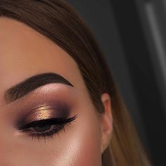 """101k Likes, 435 Comments - Benefit Cosmetics US (@benefitcosmetics) on Instagram: """"Tag a bestie who would rock these bold #benefitbrows! @emilyyorlando achieves total brow goals…"""""""