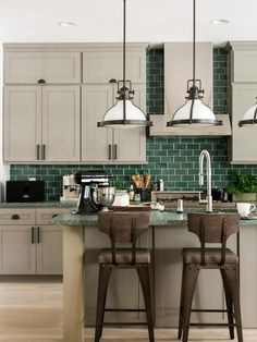 green subway tile backsplash in white kitchen eco friendly 62 rh pinterest com
