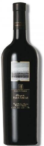 """Finca Flichman Paisajes de Barrancas Malbec De color rojo profundo con matices violetas, en nariz tiene notas de frutas rojas del bosque, especias y chocolate, en boca se muestra con sabor concentrado, frutas y hierbas combinadas en fondo de roble. El final es largo y elegante, redondo.""""El blend de 55% Syrah, 35% Malbec, 10% Cabernet Sauvignon logran un vino para ocasiones especiales, servir entre 16ºC y 18ºC, airear en botella al menos 15´ antes del servicio o decantar."""