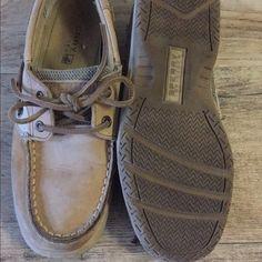 Sperrys boat shoe Kids size 3 but fits women's 5-5.5 Sperry Top-Sider Shoes
