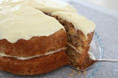 The best ever Thermomix Carrot Cake recipe! The white chocolate cream cheese icing is amazing! Thermomix Desserts, Chocolate Cream Cheese Icing, Cake With Cream Cheese, White Chocolate, Chocolate Cake, Carrot Cake With Pineapple, Best Carrot Cake, Carrot Loaf, Pastries