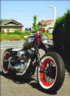 Bobber Inspiration | Harley-Davidson Ironhead Sportster bobber | Bobbers and Custom Motorcycles #harleydavidsonsporster