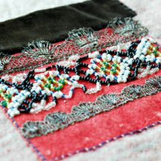 Magasin for Bunad og Folkedrakt Folk Costume, Costumes, Going Out Of Business, Bridal Crown, Folklore, Norway, Wedding Jewelry, Belts, Metal