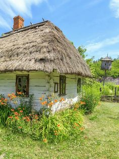 Old house in Zaborek- Poland Image 3d, Shed Homes, Cottage Farmhouse, Mountain Art, Stone Houses, Traditional House, Art And Architecture, Beautiful Homes, Nature Photography