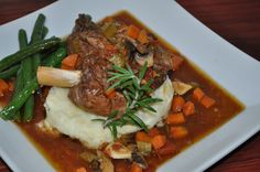 Delicious, aromatic, and melt in your mouth lamb shanks are perfect for warming the hearts of family, friends, first dates or factions. This recipe brin. One Pot Meals, Main Meals, Slow Cooker Recipes, Meal Recipes, Lamb Shanks, Melt In Your Mouth, Pot Roast, Beef, Dates