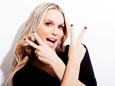 Molly Sims wearing LVX lacquer #beauty #nails