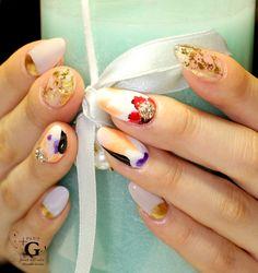 Colorful botanical nail #nailart
