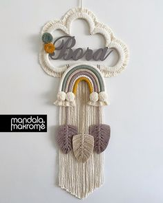 Macrame Design, Macrame Art, Macrame Projects, Baby Dekor, Baby Diy Projects, Wall Hanging Crafts, Bedroom Crafts, Macrame Patterns, New Baby Products