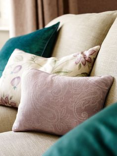 The 49 best Laura Ashley images on Pinterest | Bedrooms, Living Room ...
