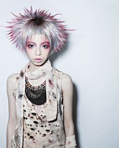 white blonde with pink Creative Hairstyles, Funky Hairstyles, Gothic Hairstyles, Hair Styles 2014, Short Hair Styles, Hair Art, My Hair, Hair Inspo, Hair Inspiration