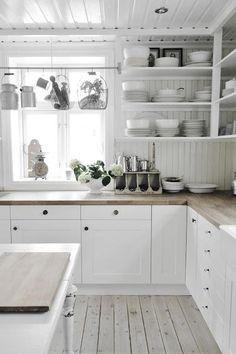 Home Interior Blue White kitchen.Home Interior Blue White kitchen Kitchen Interior, New Kitchen, Kitchen Dining, Kitchen Decor, Kitchen Cabinets, Kitchen White, White Cabinets, Kitchen Corner, Kitchen Wood