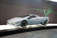 Lamborghini P 132 del 1986.
