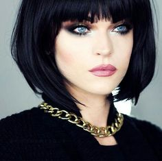 97 best bob haircuts with bangs for beautiful women in 2019 page 19 ~ telorecipe. Best Bob Haircuts, Medium Bob Hairstyles, Cool Hairstyles, Black Hairstyles, Black Haircut Styles, Bob Haircut With Bangs, Sexy Bob Haircut, Dark Hair Bangs, Haircut Short