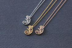Chameleon Necklace. Lizard Necklace. gold everyday necklace. birthday gifts, tiny small dainty minimalist charm jewelry. no185