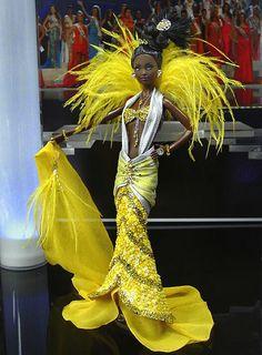 Miss Somalia 2010 African Dolls, African American Dolls, Beautiful Barbie Dolls, Pretty Dolls, Afro, Barbie Miss, Diva Dolls, Black Barbie, Barbie Collector
