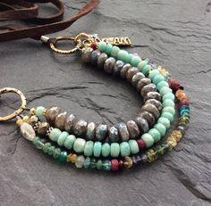 Stratificazione rustico chic di perline collana boho -
