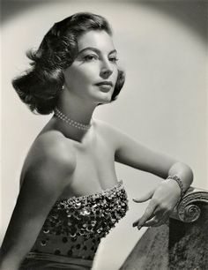 Happy heavenly birthday to Ava Gardner, the most beautiful woman to have ever lived ❤ december, Old Hollywood Glamour, Vintage Glamour, Vintage Hollywood, Classic Hollywood, Hollywood Stars, 1920s Glamour, Ava Gardner, Classic Actresses, Hollywood Actresses