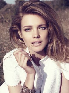 UK Harper's Bazaar September 2009: Natalia Vodianova by Paola Kudacki #hair #beauty #fashion