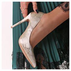 Stuart Weitzman, Peep Toe, Sandals, Heels, Fashion, Slide Sandals, Moda, Shoes Sandals, Shoes Heels