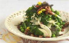 Fennel, garden pea and wild garlic salad with smoked pancetta